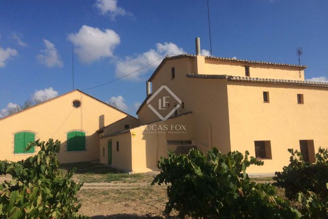 Thumbnail Country house for sale in Spain, Barcelona, Sitges, Penedès, Sit7417