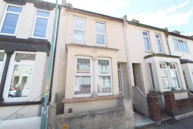 Thumbnail Terraced house to rent in Priestfields Road, Gillingham