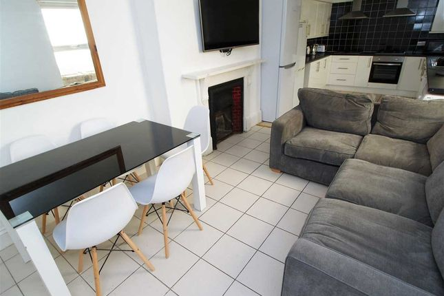 Thumbnail Property to rent in North Hill, Mutley, Plymouth
