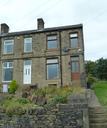 Directions of Radcliffe Road, Wellhouse, Huddersfield HD7
