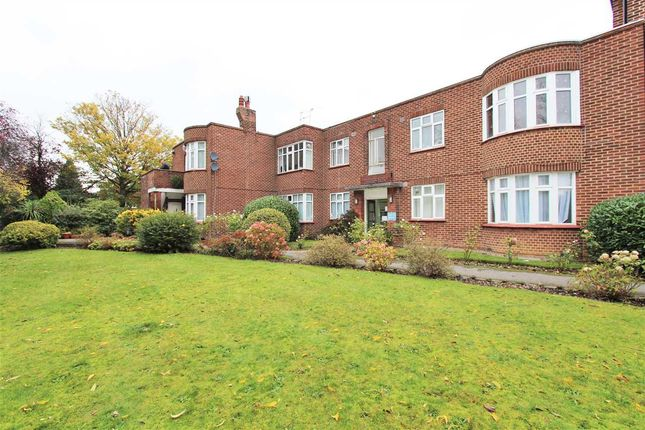 Thumbnail Flat to rent in Canons Park Close, Canons Park, Edgware