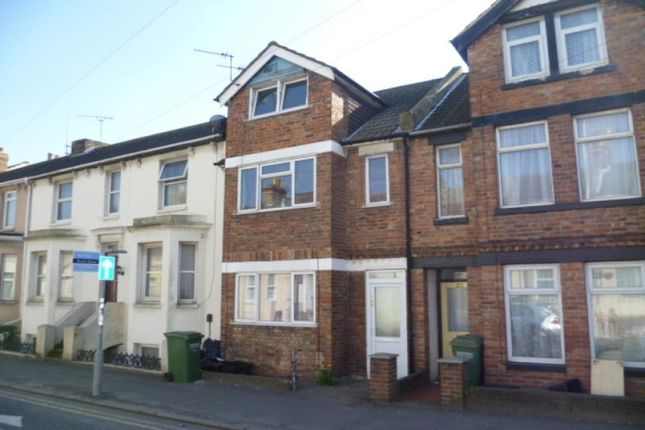 Thumbnail Terraced house to rent in Pavilion Road, Folkestone