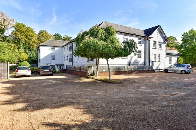 332949 (18) of Parade Court, Ockham Road South, East Horsley, Leatherhead KT24
