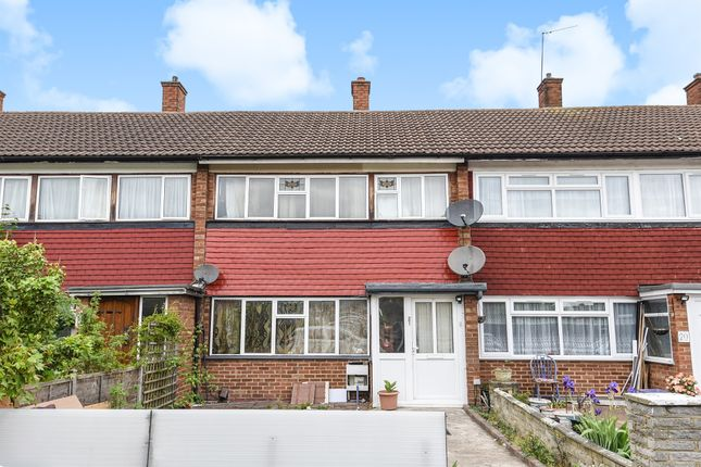 Thumbnail Terraced house for sale in Ormerod Gardens, Mitcham