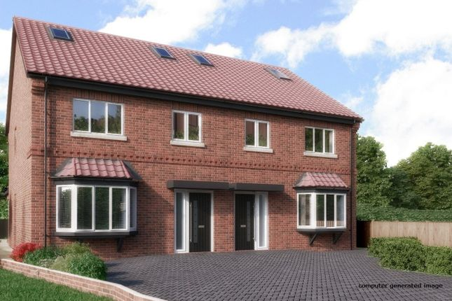 Thumbnail Semi-detached house for sale in Tarnbank, Enfield
