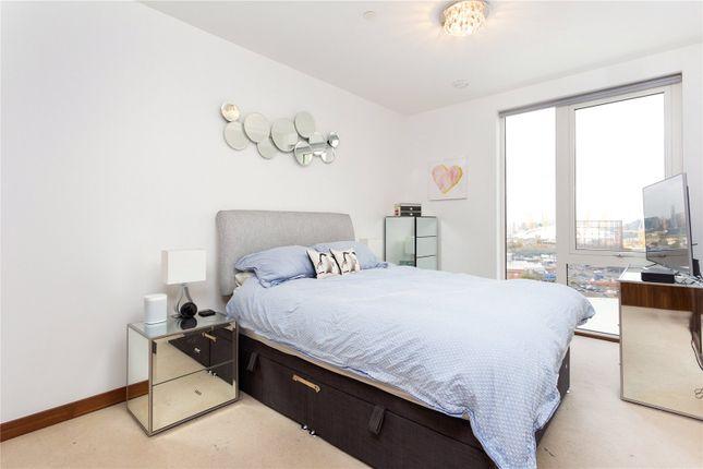 Bedroom of Gooch House, 2 Telcon Way, Greenwich, London SE10