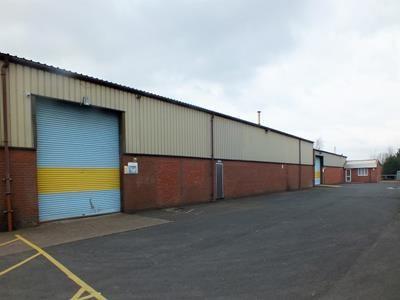 Thumbnail Light industrial to let in Unit 4, Edwin Avenue, Hoo Farm Industrial Estate, Kidderminster