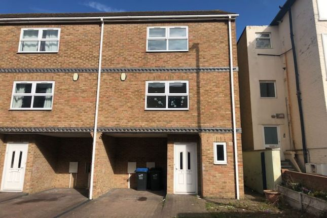 Thumbnail Semi-detached house to rent in Sweyn Road, Cliftonville, Margate