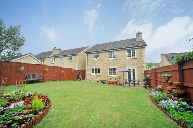 Thumbnail Detached house for sale in Home Mead, Corsham