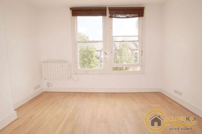Thumbnail Flat to rent in Burton Road, Kilburn