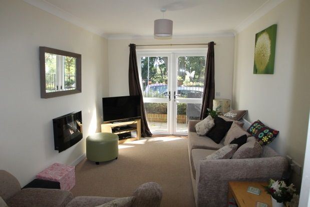 Thumbnail Flat to rent in Forest Road, Midhurst