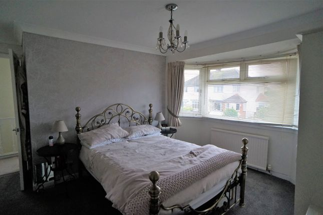 Bedroom 1 of Jarrett Avenue, Wainscott, Rochester ME2