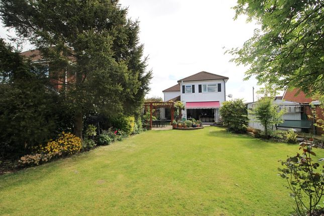 Thumbnail Detached house for sale in Locks Road, Locks Heath, Southampton