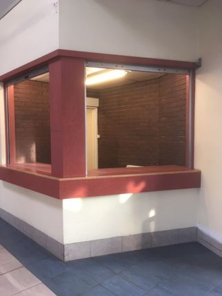 Restaurant/cafe to let in Pontefract Bus Station, Trinity Street, Pontefract, West Yorkshire