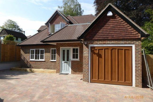 Thumbnail Property for sale in Hazelwood Lane, Chipstead, Coulsdon