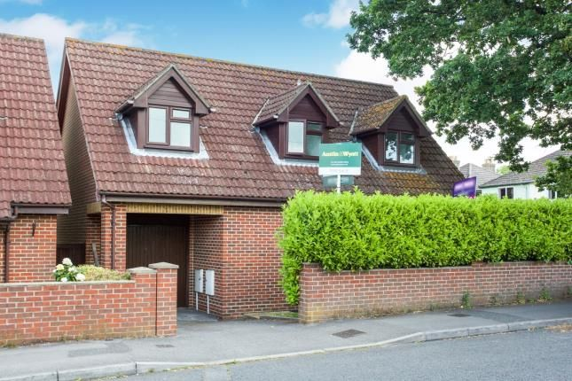 Thumbnail Bungalow for sale in Sholing, Southampton, Hampshire