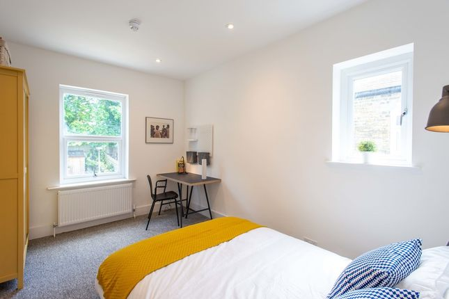 Thumbnail Shared accommodation to rent in Laleham Road, Catford, London