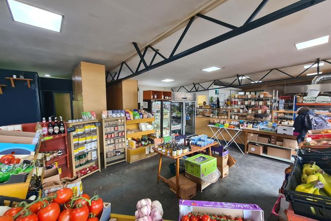 Thumbnail Retail premises for sale in Bakers & Confectioners S11, South Yorkshire