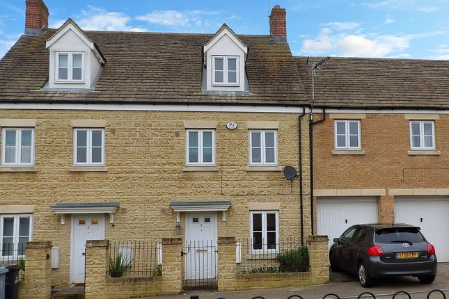 Thumbnail Terraced house to rent in Waterford Lane, Witney, Oxfordshire