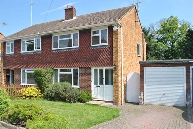 Thumbnail Property to rent in Wroxham Way, Harpenden