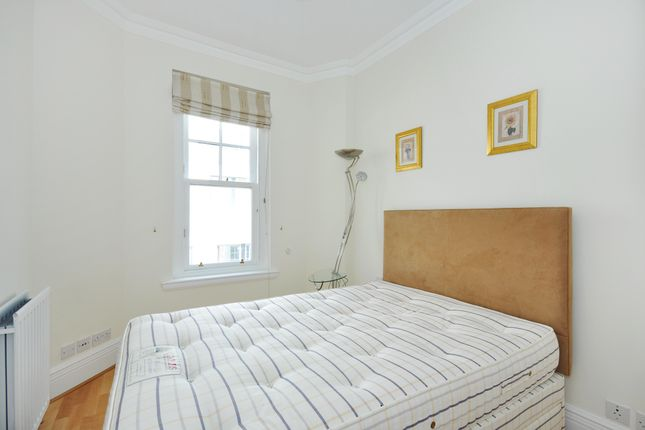 Bedroom of Pall Mall, London SW1Y