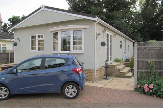 Thumbnail Mobile/park home for sale in St Johns Park, Theobalds Road, Enfield, Middlesex