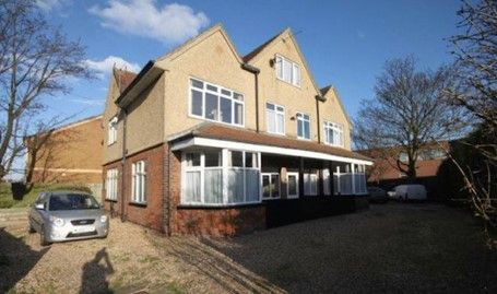 6 bed property for sale in Heneage Road, Grimsby, Lincolnshire DN32