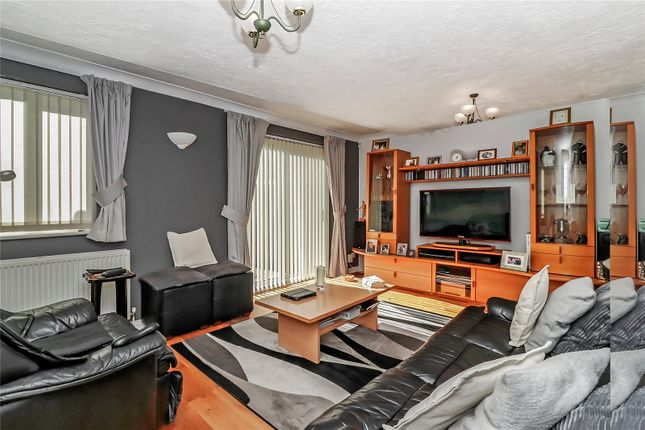 Sitting Room of Nightingale Close, Abbots Langley WD5