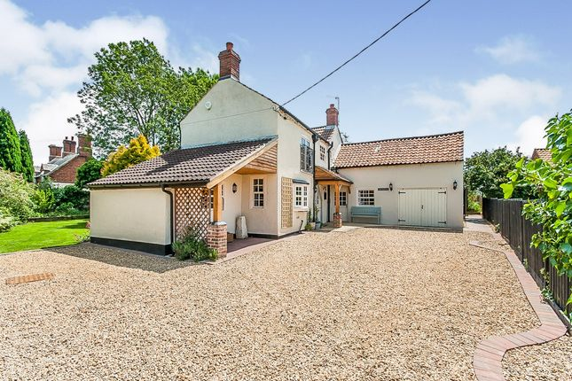Thumbnail Detached house for sale in Swarby Lane, Swarby, Sleaford