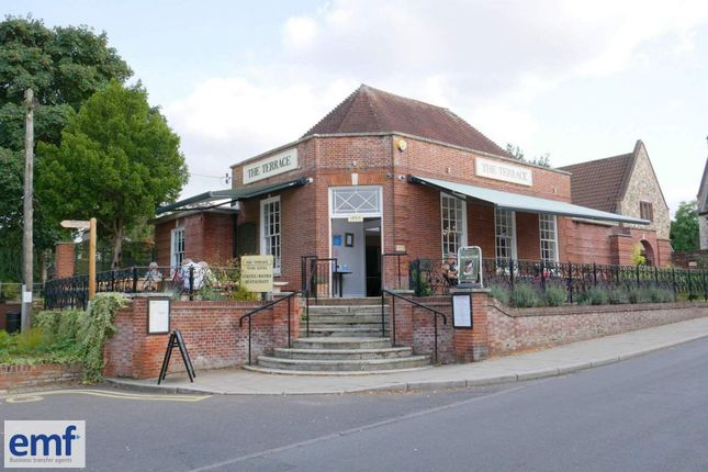 Thumbnail Restaurant/cafe for sale in Loddon, Norfolk