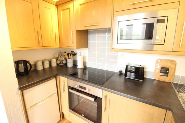 Kitchen of Great Western Road, Second Floor AB10