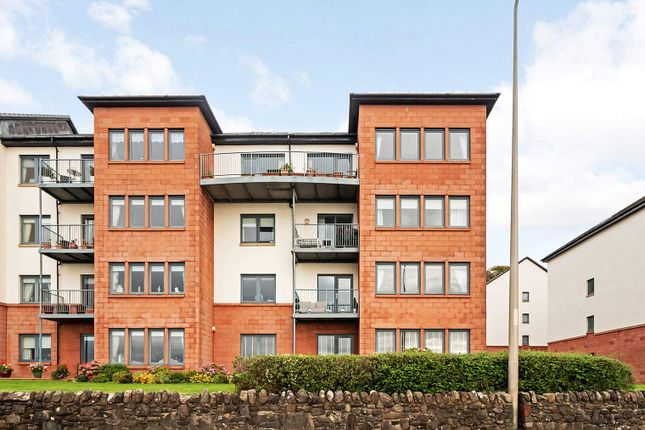 3 bed flat for sale in The Shores, Skelmorlie, North Ayrshire PA17