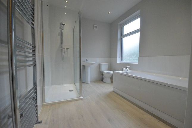 Thumbnail Terraced house to rent in Dill Hall Lane, Church, Accrington
