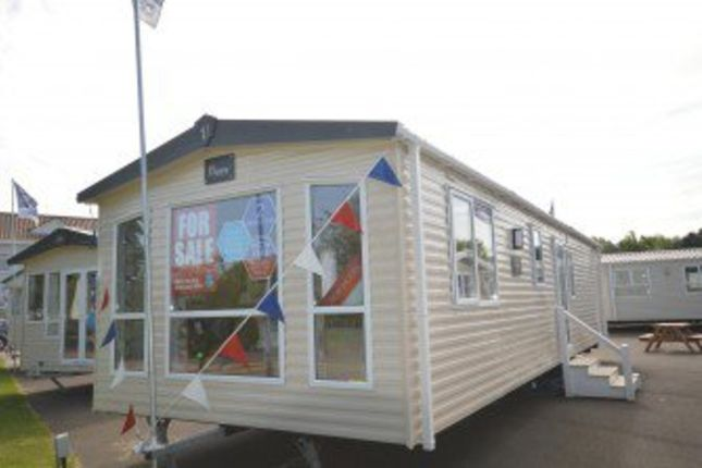 Thumbnail Mobile/park home for sale in Broadland Sands, Coast Road, Corton