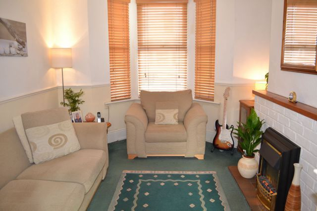 Lounge of Shelley Street, Poets Corner, Northampton NN2