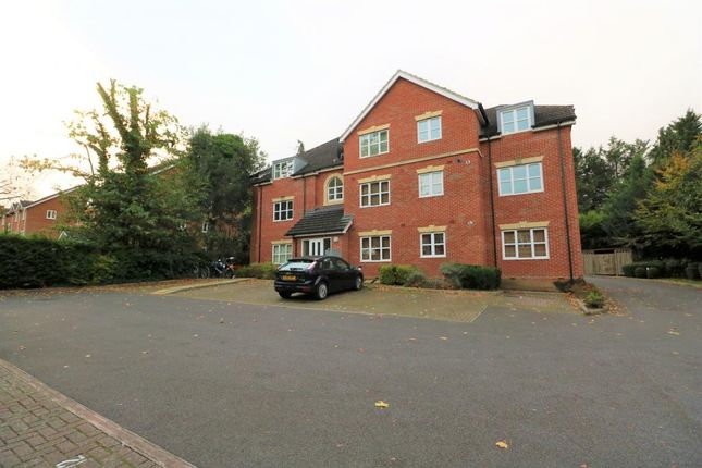 Thumbnail Flat for sale in Blackwater, Camberley