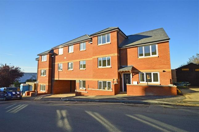 Thumbnail Flat for sale in Bective Road, Kingsthorpe, Northampton