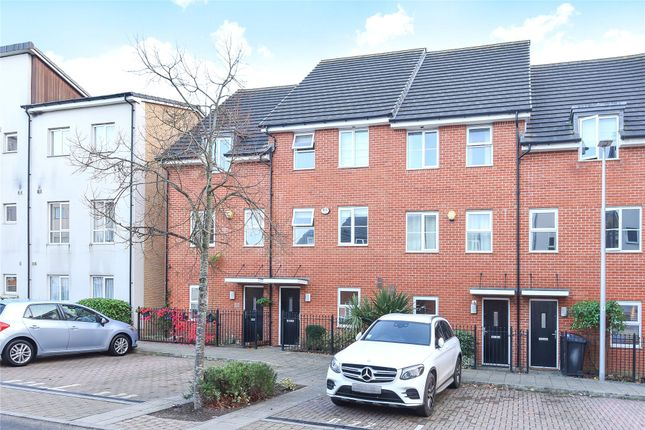 Town house in  Gweal Avenue  Reading  Berkshire  Reading