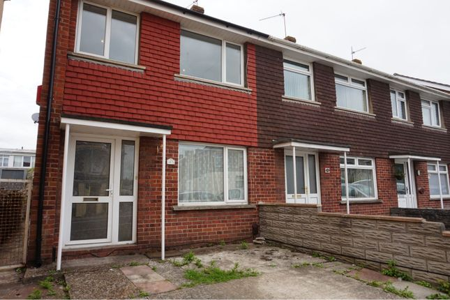 Thumbnail Semi-detached house to rent in Barry Road, Barry