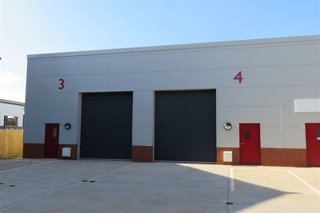 Thumbnail Warehouse to let in Windrush Industrial Park Burford Road, Witney