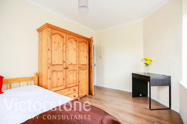 Thumbnail Flat for sale in Bullen House Collingwood Street, Whitechapel
