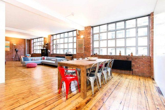 Thumbnail Flat for sale in Underwood Street, London