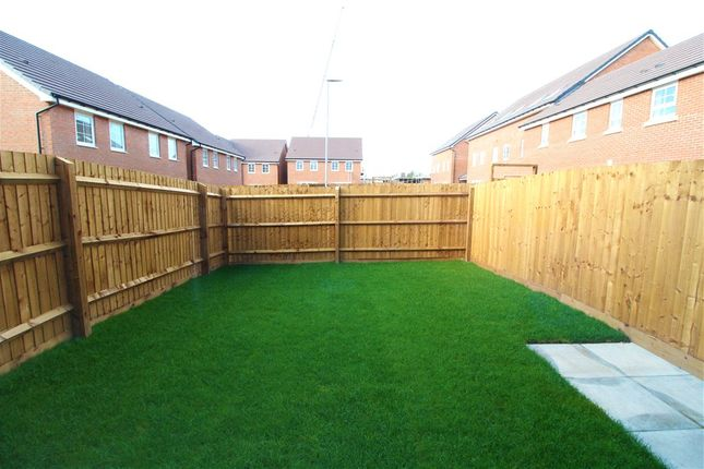 Picture No. 10 of Plot 523, Queen Elizabeth Road, Nuneaton, Warwickshire CV10