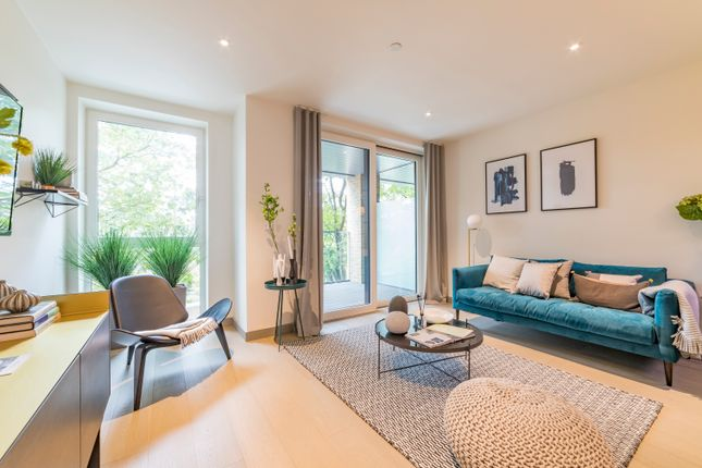 Thumbnail Flat for sale in The Taper Building, Bermondsey