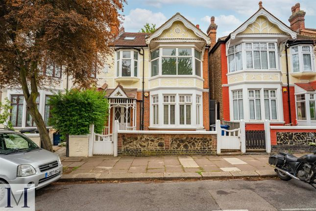 Thumbnail Flat for sale in Fordhook Avenue, London