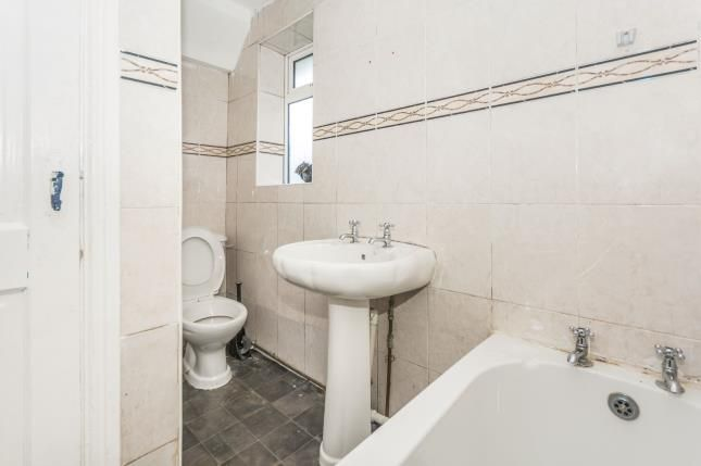 Bathroom of Boyd Grove, Acocks Green, Birmingham, West Midlands B27