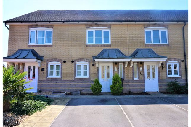 Thumbnail Terraced house for sale in Wiltshire Crescent, Highfields, Basingstoke
