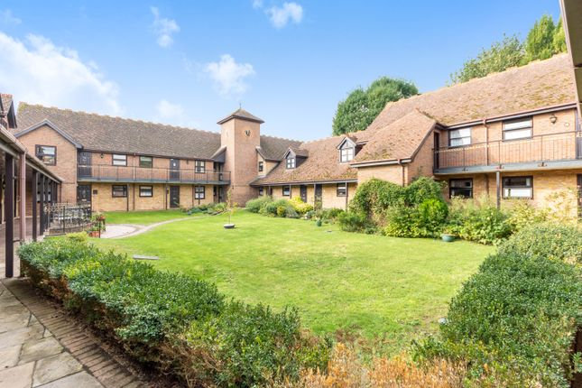 2 bed flat for sale in Clarendon Mews, Bexley DA5