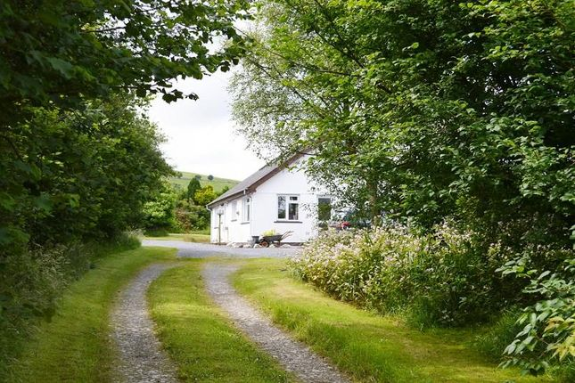 Thumbnail Farmhouse for sale in Ty Mawr, Llanybydder, Carmarthenshire