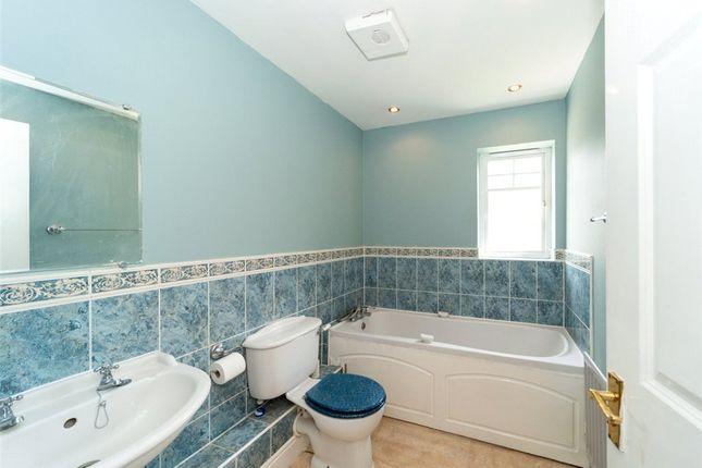 Family Bathroom of Royal Oak Drive, Crowthorne, Berkshire RG45